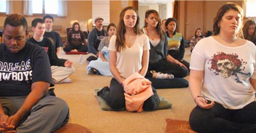 teens-meditating-1